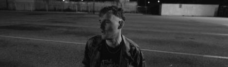 Jonti - Rain (Live in the parking lot) [video]